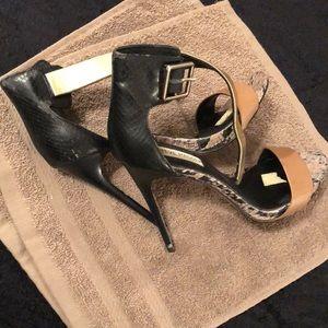 Steve Madden Shoes - 🌟Steve Madden Heel. 4 for $20.